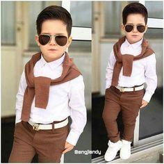 #Niño #moda Boys Fall Fashion, Toddler Boy Fashion, Cute Kids Fashion, Little Boy Fashion, Baby Boy Dress, Baby Boy Swag, Baby Boy Outfits, Kids Dress Wear, Boys Clothes Style