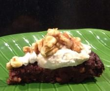 Recipe Banana Cacao Cake with Maple Coconut Cream by learn to make this recipe easily in your kitchen machine and discover other Thermomix recipes in Baking - sweet. Gluten Free Cakes, Gluten Free Recipes, Sweet Cakes, Coconut Cream, Bon Appetit, A Food, Food Processor Recipes, Cooking Recipes, Banana