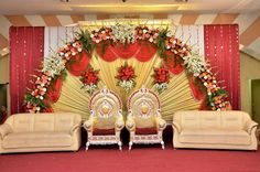 Garden wedding stage design new simple sweetheart stage decorations at simp Indian Wedding Stage, Wedding Stage Backdrop, Wedding Stage Design, Wedding Ceremony, Wedding Backdrops, Chennai, Wedding Car Decorations, Wedding Ideas, Marriage Decoration