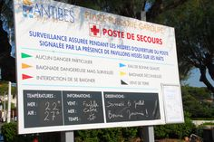 Bonne journée à la plage Garoupe, Cap d'Antibes Cap D Antibes, Freundlich, Signs, Swim, Have A Happy Day, The Beach, Gazebo, International Airport, Shop Signs