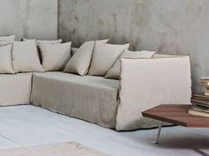 3 seater sofa with removable cover GHOST 21 - Gervasoni