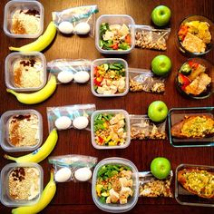 """""""Food Prep ready for pick up client """"B"""" Just a sample of food that fuels! Goal: strong and lean. Increase muscle, decrease fat. Down 2 pant sizes  he's…"""""""
