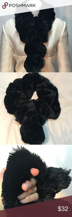 """🎁 D Basso Faux Fur pull through scarf Dennis Basso Black Faux Fur Pull Through Scarf. Double-layer twisted and scrunched design, 3"""" opening for pull-through. Measures approx 32""""L x 6""""W. 100% polyester.  🔴 Dennis Basso Accessories Scarves & Wraps"""