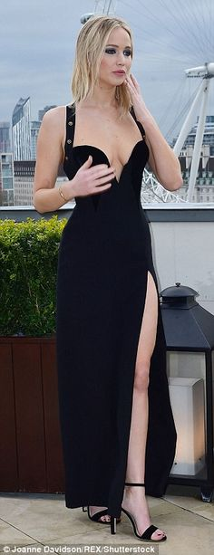Jennifer Lawrence steals style from Elizabeth Hurley's safety pin gown