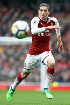 LONDON, ENGLAND - APRIL Hector Bellerin of Arsenal in action during the Premier League match between Arsenal and Southampton at Emirates Stadium on April 2018 in London, England. (Photo by Bryn Lennon/Getty Images) Football Tournament, Arsenal Football, Arsenal Fc, Soccer Guys, Football Players, Soccer Ball, Arsenal Wallpapers, International Football, Premier League Matches