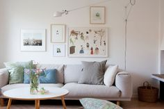 A beautiful Malmö home. the arrangement of the pictures