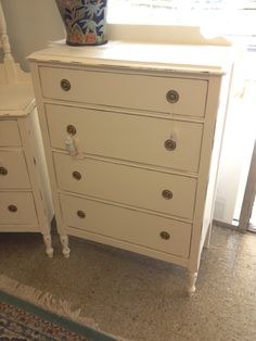 4 Drawer Mint Dresser/Crystal Knobs McCormick Paint: MC0713 This Item Has  Been Sold. See More On Facebook: All Things New Painted Furniture By U2026 |  Pinteresu2026