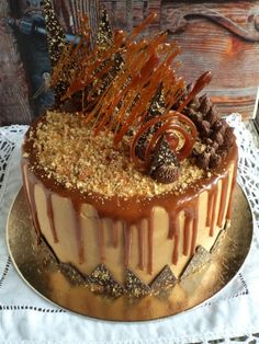 Karamelltorta recept - Kifőztük, online gasztromagazin Cold Desserts, No Bake Desserts, Allrecipes Desserts, Gourmet Recipes, Cake Recipes, Hungarian Recipes, Cakes And More, Relleno, Cake Cookies