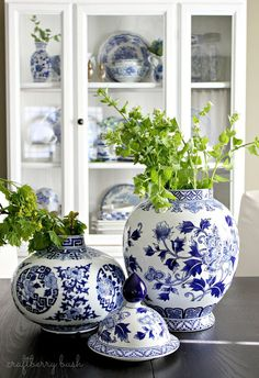 Craftberry Bush: Blue and White Porcelain in the Hutch Blue And White Vase, Keramik Vase, Blue Pottery, White Dishes, Chinoiserie Chic, Blue China, White Rooms, Ginger Jars, White Houses