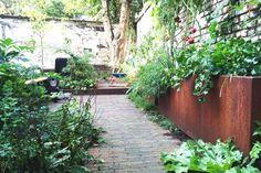 Garden Furniture, Patio, Urban, City, Outdoor Decor, Plants, Houses, Gardens, Outdoor Garden Furniture