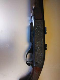 Rifle remington   |    Rifle remington 7400, cal 30-06,edición lujo con las básculas grabadas, en perfecto estado con muy poco uso. Punto de mira de fibra óptica, bases warne, y dos cajas de balas incluidas en el precio, regalo aguja percutora de recambio. mas info x teléfono o WhatsApp   |  http://www.anunciocaza.com/ad/rifle-remington/