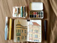Travel sketch kit open by Counterklock48, via Flickr