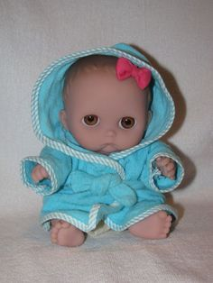 "8"" Chubby Big Brown Eyed Pouty Berenguer Baby Doll"
