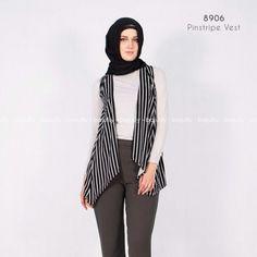 Pinstripe Vest  Bahan Spandex, LD Free P 71 cm, lingkar tangan atas 40 cm  Idr 80k