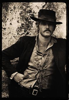 Portait of American film actor Robert Redford in costume for the film 'Butch Cassidy and the Sundance Kid' Cuernavaca Mexico 1968 Robert Redford Movies, Paul Newman Robert Redford, Robert Redford Kids, I Movie, Movie Stars, 70s Outfits, Sundance Kid, Star Wars, Western Movies