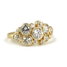 obviously I've fallen down the wedding pinterest hole again!!!! LOVE this ring though, can't not pin it!! dreamssss