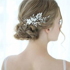 Aegenacess Wedding Hair Comb Silver Clips for Brides and Bridesmaids - White Flowers Side with Rhinestones Crystal Leaf Decorative Vintage Bridal Accessories Headpieces for Women and Girls Wedding Hair Clips, Wedding Hair Pieces, Bridal Hair Accessories With Veil, Flower Hair Pieces, Wedding Hairstyles For Long Hair, Bridal Hairstyle, Bridal Hair Flowers, Floral Headpiece, Floral Hair