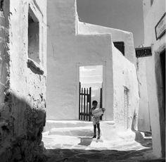 Πάρος Μάρπησσα 1962 φωτογραφία Ιωάννης Λάμπρος από το φωτογραφικό αρχείο του μουσείου Μπενάκη Karpathos, Greek Language, Paros, Greek Islands, History, Modern, Artwork, Aperture, Vintage
