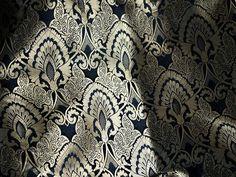 Black+Silk+Brocade+Fabric,+Benares+Brocade+Silk+von+indianlacesandfabric+auf+DaWanda.com
