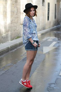 Zara Flowery Blouse, La Redoute Jeans Short, New Balance Red Sneakers