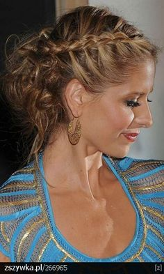 Sarah Michelle Gellar Wearing A Twisted Plait And Braid Hairstyle, 2008 Braids bohemian French Plait Hairstyles, Braids Hairstyles Pictures, Plaits Hairstyles, Hair Pictures, Pretty Hairstyles, Wedding Hairstyles, French Plaits, Updos, Hairstyle Braid