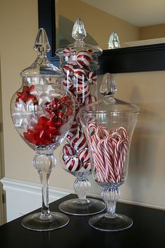 Super Easy Inexpensive Decor Ideas for Christmas Love apothecary jars with christmas colors in them!Love apothecary jars with christmas colors in them! Coastal Christmas, Noel Christmas, All Things Christmas, Winter Christmas, Christmas Items, Christmas Entryway, Christmas Colors, Christmas Design, Christmas Music