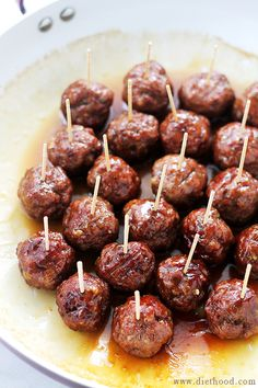 These Brown Sugar-Glazed Turkey Meatballs pack a bite-size punch of sweet and spicy, juicy and delicious # partyfood # fingerfood rhs Meatball Recipes, Turkey Recipes, Meat Recipes, Best Appetizers, Appetizer Recipes, Party Appetizers, Party Snacks, Turkey Glaze, Game Day Food