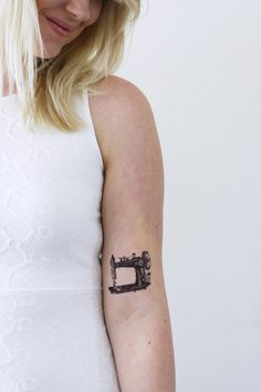 Hey, I found this really awesome Etsy listing at https://www.etsy.com/listing/179986232/sewing-machine-temporary-tattoo-vintage