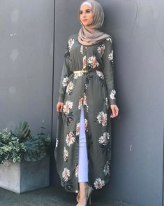 """Open kimono dress in hijab fashion.❤❤""""Hijab means clothe yourself with compassion, kindness, humility, gentleness and patience"""" - anonymous❤❤ Islamic Fashion, Muslim Fashion, Modest Fashion, Fashion Dresses, Chemise Fashion, Abaya Fashion, Moda Hijab, Modest Dresses, Modest Clothing"""