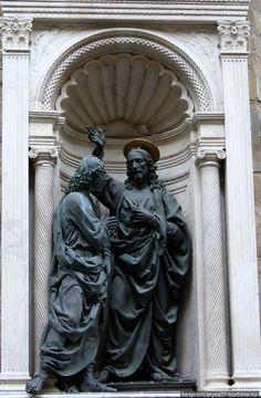 Christ and Saint Thomas, Orsanmichele, Firenze St Thomas, Italian Renaissance Art, Christ, Italian Sculptors, Image Resources, Skull Art, Art And Architecture, Mixed Media Art, Sculpture Art