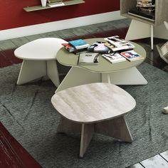 Mesa de Centro Munique Pequena Klar, Mesa de Centro Quadra Pequena Alter e Mesa de Centro Nhack Média Olive.