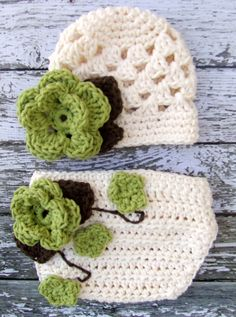 Flower Beanie and Matching Diaper cover. Too cute. Need to make it