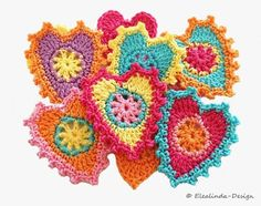 Free crochet pattern for hearts by Elealinda-Design