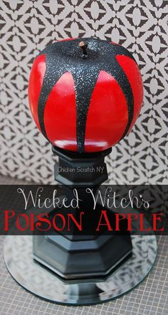The Wicked Witch's Poison Apple Make a DIY poison apple to decorate your Halloween table from Dollar store finds and a few basic craft supplies – Disney Crafts Ideas Fairy Halloween Costumes, Fete Halloween, Halloween Table, Holidays Halloween, Halloween Witches, Happy Halloween, Halloween Halloween, Halloween Makeup, Aladdin Halloween