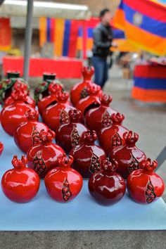 Granatapfel - Symbol von Armenien - könnte perfekt als Gastgeschenk eingesetzt werden :)