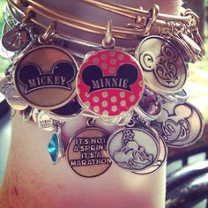 Omg I would love this Disney collection! Disney Dream, Disney Style, Disney Love, Alex And Ani Disney, Disney Collection, Disney Outfits, Disney Clothes, Emo Outfits, Disney Jewelry