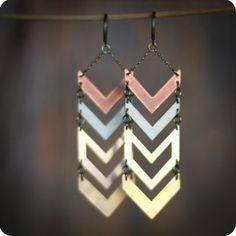 gold earrings with chevron. can't get enough chevron