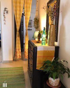 Home Room Design, Home Interior Design, India Home Decor, Room Ideas, Decor Ideas, Disney Sketches, Foyer Decorating, Home Organization Hacks, Traditional Interior
