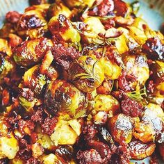 Mix up your Brussels sprout side with this tasty recipe from Jamie Oliver's Christmas Cookbook. Served with smoky chorizo and nutty chestnuts, this side is the perfect combination of traditional and delicious. Sprout Recipes, Veg Recipes, Light Recipes, Brussel Sprouts Slow Cooker, Brussels Sprouts, Christmas Cooking, Christmas Recipes, Holiday Recipes, Jamie Oliver Brussel Sprouts