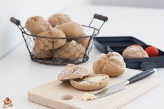 Wachauerweckerl - Gebäck selber machen. Gar nicht so schwer. Unbedingt ausprobieren! Dairy, Cheese, Baking, Rye, Sheet Pan, Play Dough, Bread, Diy, Food Food
