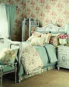 7 Vibrant Clever Hacks: Shabby Chic Rustic Home vintage shabby chic decor.Shabby Chic Diy Wall shabby chic decoracion home. Bedroom Decor, Bedroom Vintage, Cottage Style Interiors, Chic Decor, Chic Home Decor, Chic Bedroom, Shabby Chic Furniture, Chic Home, Shabby Chic Decor Bedroom