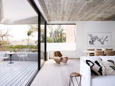 Gallery of The Triplex Apartments / Luigi Rosselli - 4