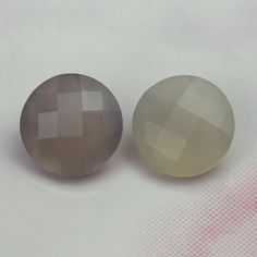 Description : GREY AGATE CHECKER CUT ROUND 11MM Product Size : 11MM Grade : Approx weight per piece : 4.03 Cts.