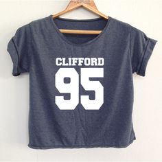 DenimJeanBag Crop Michael Clifford Shirt 5sos Shirt 5 Second of Summer... ($13) ❤ liked on Polyvore featuring tops, shirts, crop tops, maroon, women's clothing, shirt crop top, summer crop tops, maroon tops, crop top and shirts & tops