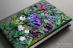 An Artist Transforms Journals Into Something Magical | VITAFUNNY