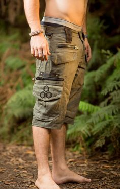 Touching Sounds Shorts (Olive Green) - Festival Clothing Men Loose Shorts  Goa Stylish Boho Psytrance Thick Fabric Party Comfortable Bohemian 7bb2906ef8