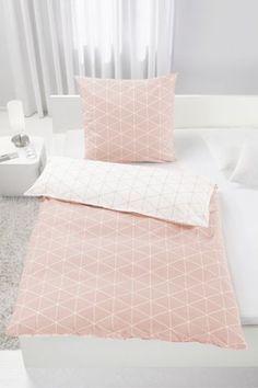 Bettwäsche aus 100% Baumwolle-Renforcé in der Farbe Peach. B/L: ca. 135/200cm und 80/80cm.