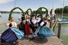 Laubentanz am See © Anja Bach - Heimat- und Trachtenverein d' Ammertaler Diessen-St. Georgen