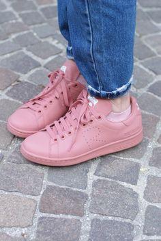 best service e914b bbab8 Pink Raf Simons x Adidas Stan Smith sneakers