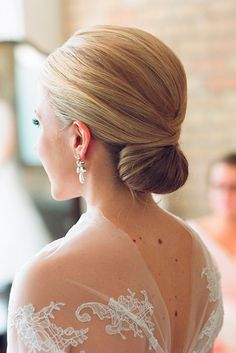 Timeless Bridal Hairstyles ❤ See more: http://www.weddingforward.com/timeless-bridal-hairstyles/ #weddings